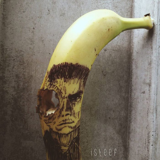 Artist-Stephan-Brusche-Transforms-Bananas-Into-Creative-17
