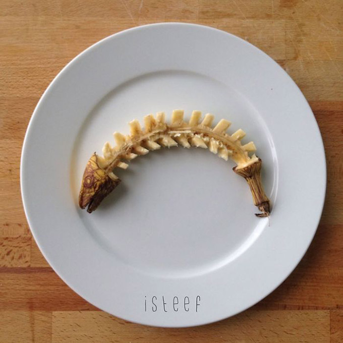 Artist-Stephan-Brusche-Transforms-Bananas-Into-Creative-3