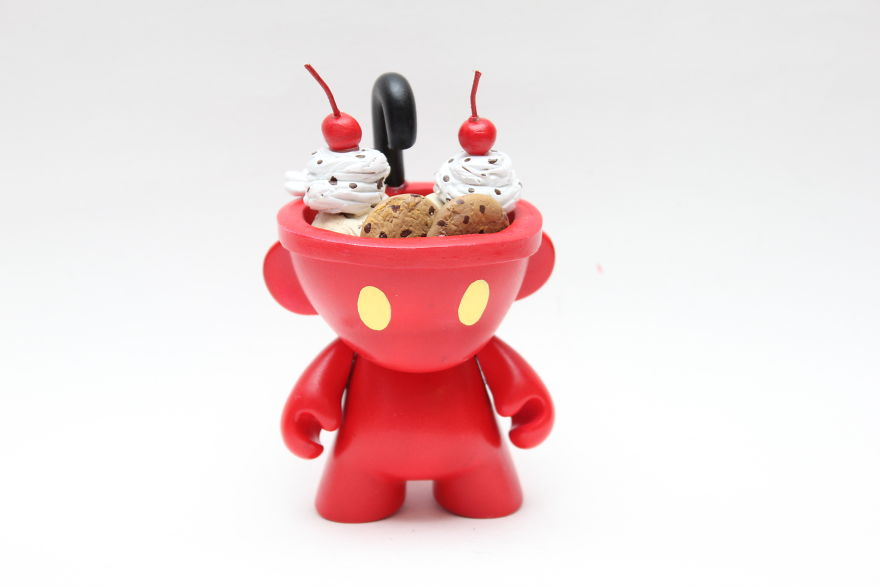 Vinyl-Toys-Good-Enough-to-Eat4__880