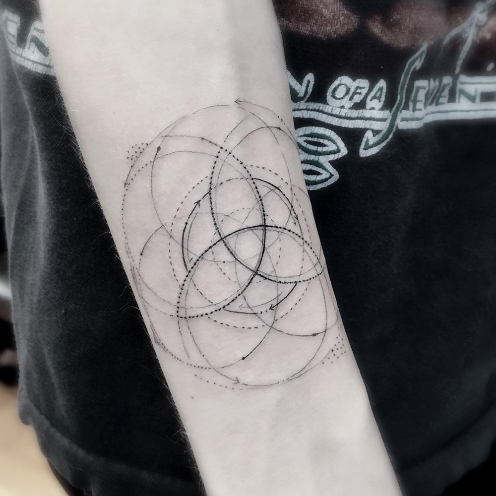 Tattoo Designs Lines: Fine Line Geometric Tattoos By Dr. Woo