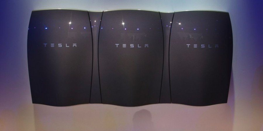 Tesla-Powerwall-Black