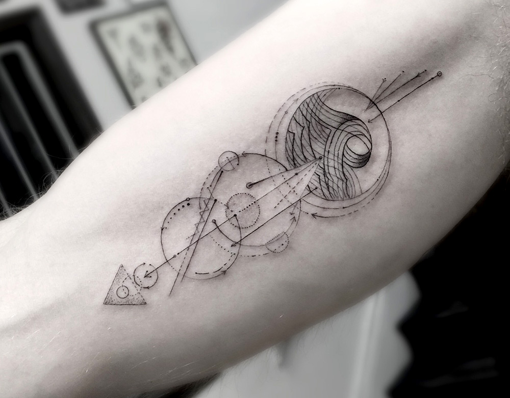 Dr Woo Tattoo - Fine Line Geometric Tattoos